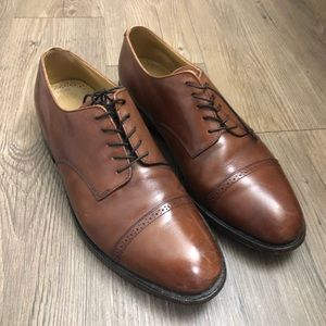 Men's Johnston & Murphy chestnut brown shoes